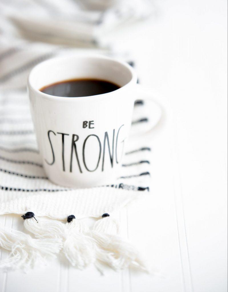 stærk strong kaffe vilje (Foto: Unsplash)