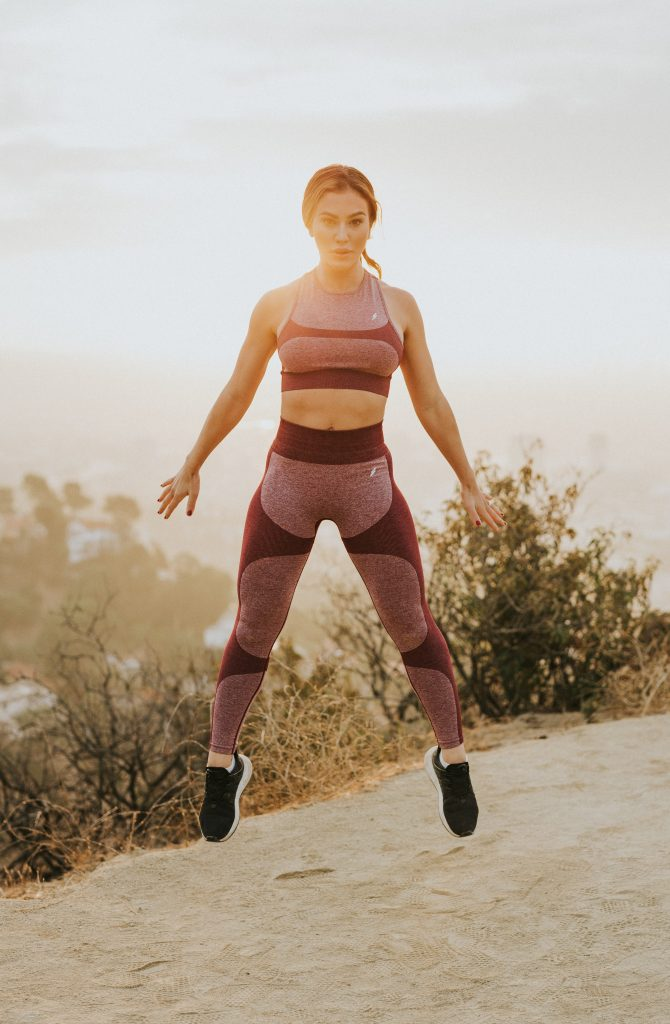pige sport træning (Foto: Unsplash)