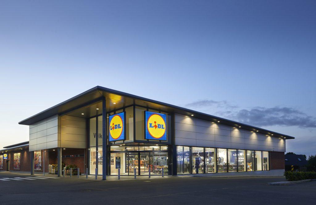 Med Edge-certificeringen af Lidls butikker i Danmark, sætter kæden nu endnu mere fokus på at bygge bæredygtigt. Her ses en Lidl-butik i Horsens. Lidl PR-foto.