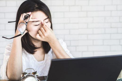 briller syn skærmtid computer pige (Foto: Louis Nielsen PR)