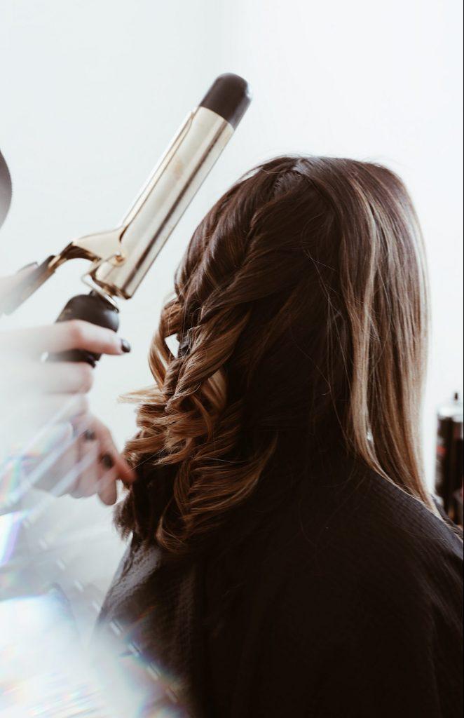 frisør hår styling