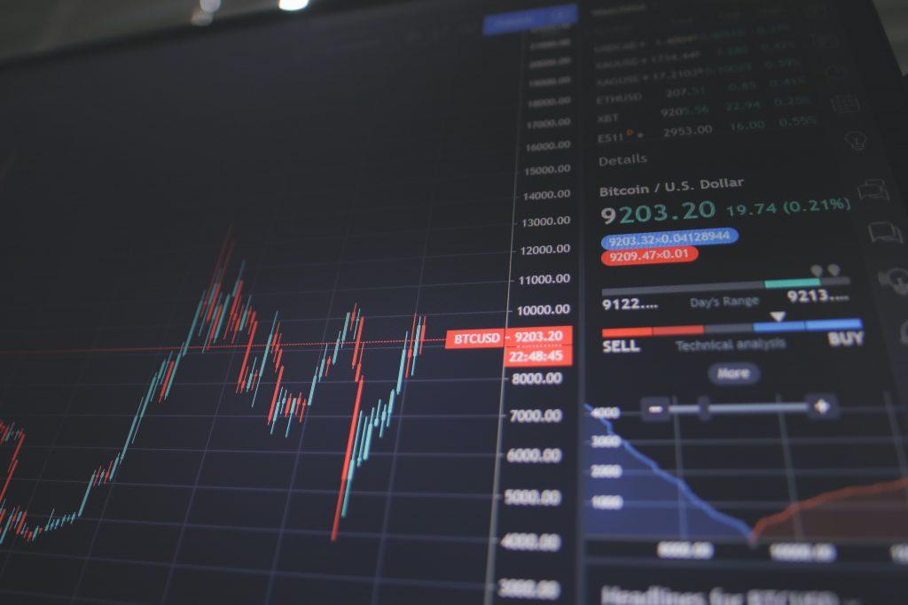 kurs aktiekurs aktie børsen aktiehandel (Foto: Unsplash)