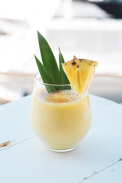 ananas drink cocktail