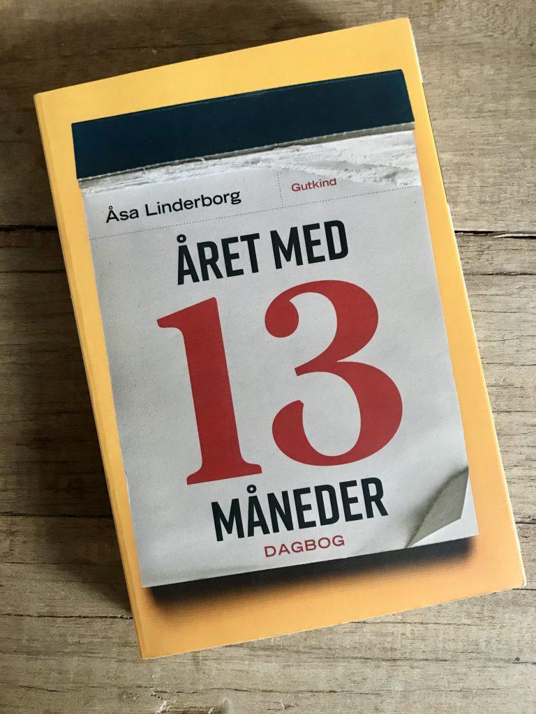 året med 13 måneder åsa linderborg bog