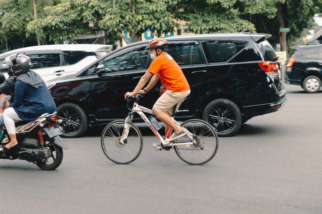 cyklist knallert