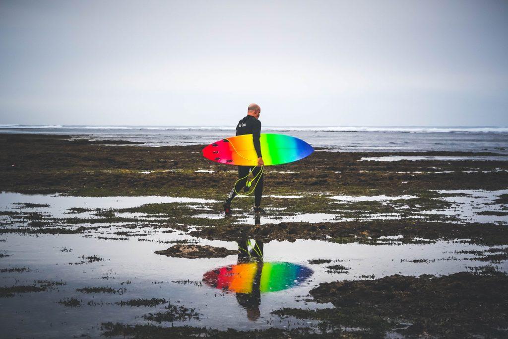 surfer white sands