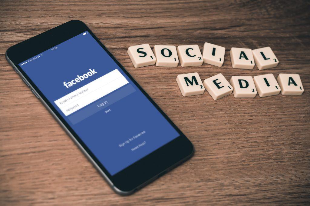 facebook mobil sociale medier
